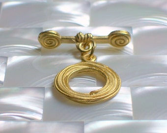 1 Swirl Clasp Textured Round Toggle Clasp Brass Necklace Bracelet Clasp Dull Gold Plated Jewelry Jewellery Craft Supplies