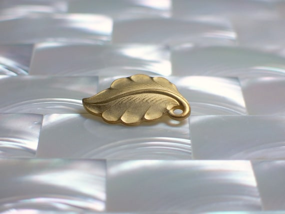 1pc Leaf Charm Bead Drop Matte Gold plated Brass Small Earthy Fauna Nature Inspired Jewelry Jewellery Craft Supplies