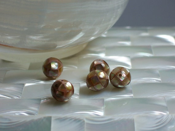 10mm Bead round Mosaic Mother of Pearl Taupe color 1 pc