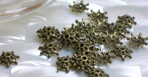 9mm Bead Caps Antiqued Brass tone 7 point spacers 24pcs Base Metal Silver Plated Jewelry Jewellery Craft Supplies Findings