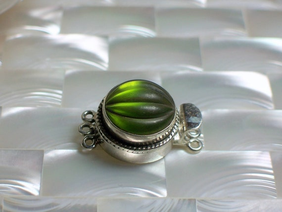 Clasp Ribbed Matte Kiwi Green glass in Sterling Silver Box clasp Vintage style Triple strand