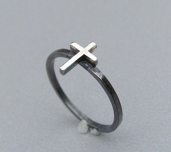 Tiny Sterling Silver Cross Ring US sz 8 OOAK