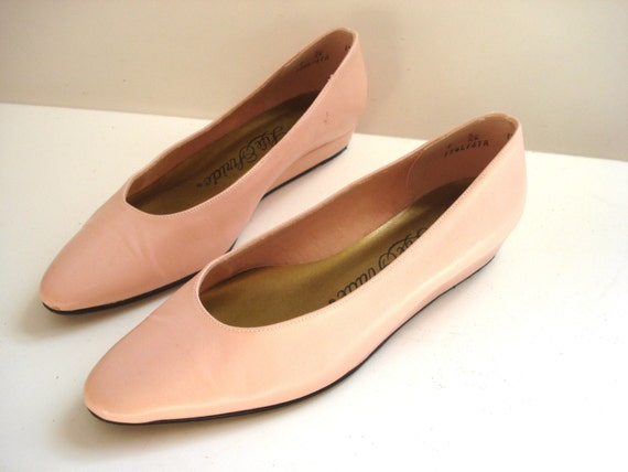 size 7 light pink flat shoes from pudding 37 1 2