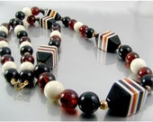 Chunky 1970s Lucite Bead  Necklace