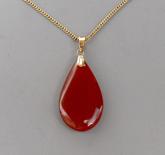 RESERVED for PK Only   Vintage Pendant Necklace 14k Gold Carnelian Teardrop