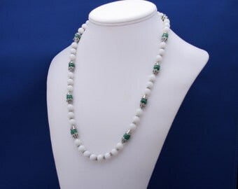White Agate and Green Malachite Necklace, June Birthstone, 12th Anniversary, Strand Necklace, Simple, Elegant, Feminine, Green and White