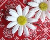 Daisy Flower Hairpins ~ Retro Rockabilly Pinup Hair Flowers