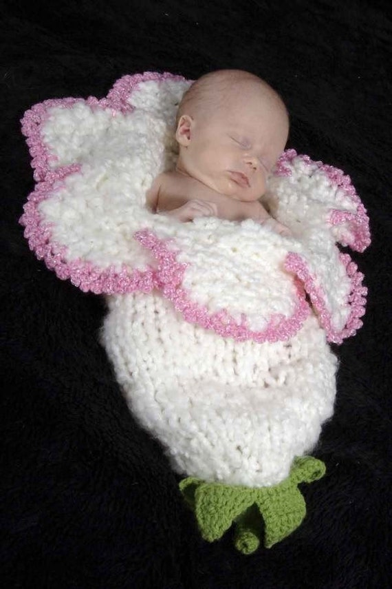 New Style Newborn Baby Bell Flower Cocoon White Pink