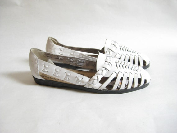 Vintage 80s White Woven Leather Huaraches. Size  8 1/2