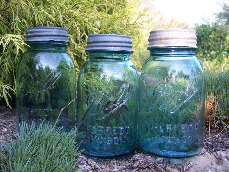 sale vintage blue ball mason jars with lids set of 3. Black Bedroom Furniture Sets. Home Design Ideas