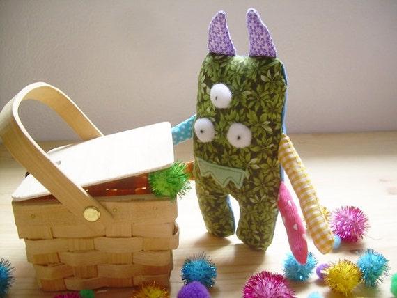 Green Monster Plush Three Eyes - Zah Hairy Eyes and Little Moco