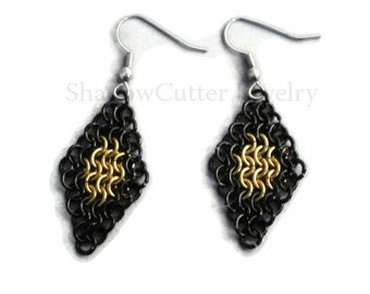 Earrings Chainmaille Diamond Black and Gold Hypoallergenic silver tone hooks micro maille bicolor frame
