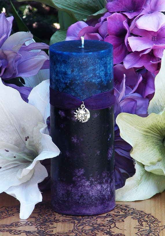 Twilight Sunset Candle 2.5x6 . Summer Evening Illumination, With Exotic Dark Sandalwood, Vetiver, Bergamot, Lime, Black Lily, Camillia