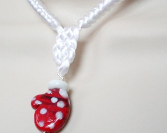White and Red Mitten Chinese Knot Necklace
