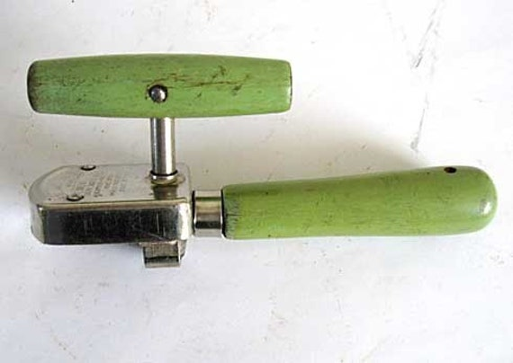 Hand Can Opener ~ Vintage s hand operated can opener old apple green
