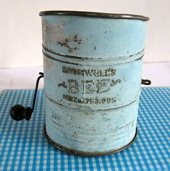 Antique 1920's Bromwell's Bee Tin Kitchen Flour Sifter in Old Robin's Egg Blue Paint
