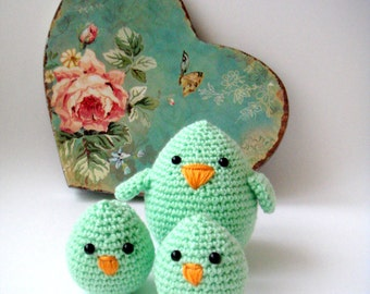 Mother Bird and baby chicks, spring green ,plush birds ,Sweet paul magazine feauture, mother daughter, mothers day gifts,decorative birds