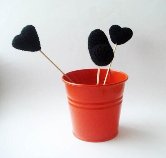 halloween black hearts (set of 3) anti valentine
