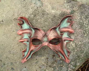 Fairy mask in brown