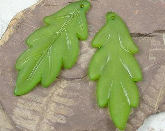 Large Leaf Pendant 10 Frosted Green Lucite Leaves 43mm x 17mm Olive Olivine Green
