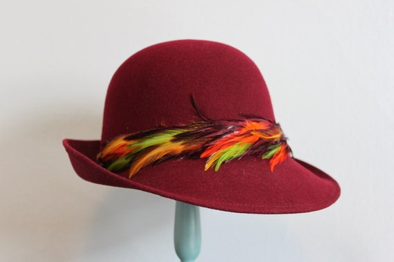 Vintage Hat / 1970s Burgandy Swagger Hat / 70s does 40s Bohemian Hat