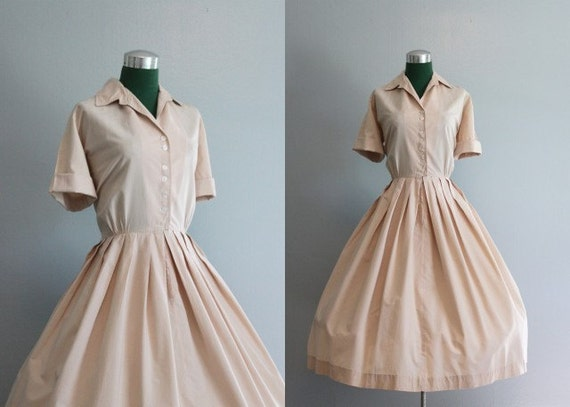 Vintage Dress / 1950s Nude Day Dress / 50s Cotton Shirtwaist