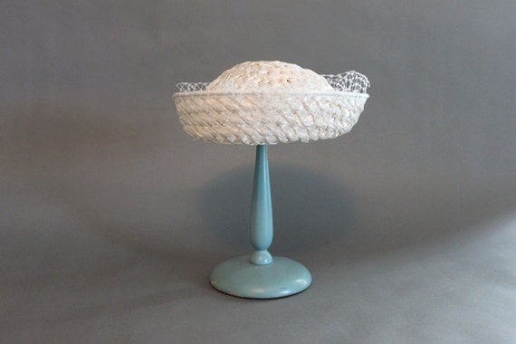 Vintage Hat / 50s Hat / Vintage 50s White Straw Hat / 1960s Hat