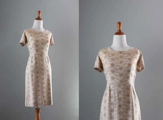 50s Dress / 1950s Beige Linen Wiggle Dress / 50s 60s Linen Dress