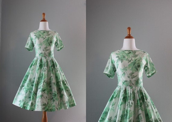 Vintage 50s Dress / 1950s Spring Green Dress / 50s Summer Dress
