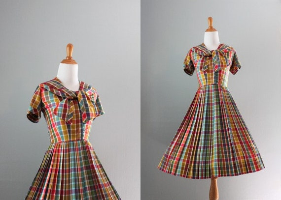 50s Dress / 1950s Sailor Dress / Rainbow Plaid / 50s Bow Neck Dress