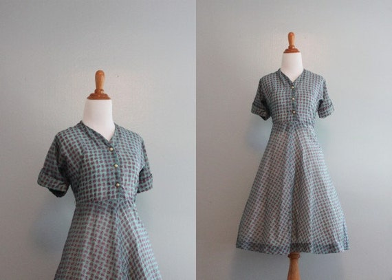 50s Dress / Vintage 1950s Sheer Paisley Dress / 50s Shirtwaist Dress