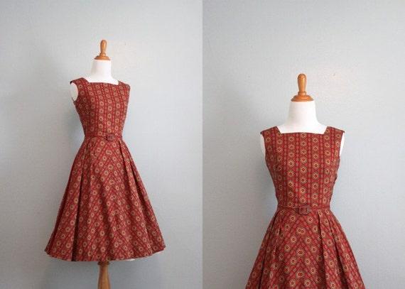 Vintage 50s Dress / 1950s Sundress / 50s Red Print Day Dress