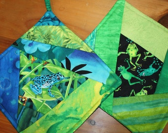 Cheery Frog Potholder Set of 2