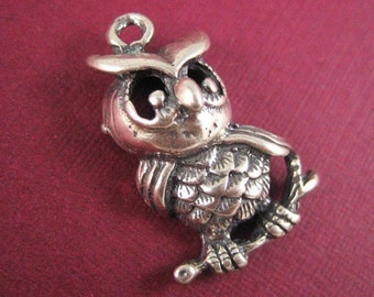 Antiqued Sterling Silver Owl Charm
