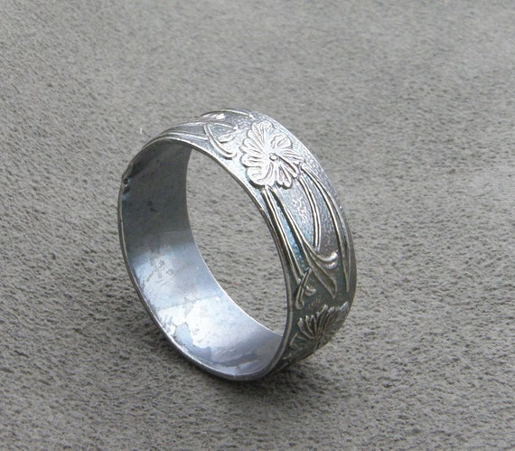 Wide Sterling Silver Ring - Art Nouveau- Dark