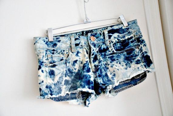 acid wash. vintage 80's short shorts. hand dyed.