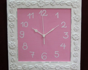 Shabby Chic Wall Clock Cream & pink  Home Decor ***** Buy 1 Item From The Shop And Get 1 Small Gift *****