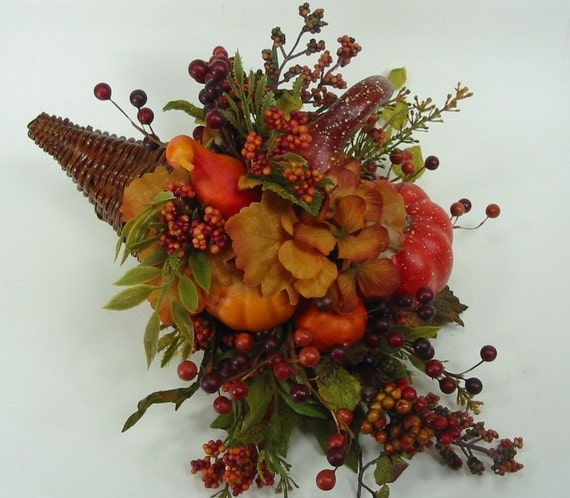 Thanksgiving autumn cornucopia horn of plenty centerpiece