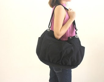Anna in Black messenger bag/diaper bag/School bag/cross body / Purse / Shoulder bag / tote / women / Gift for her / 30% Sale Sale Sale