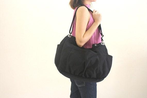 Big SALE 25% - Anna in Black messenger bag / diaper bag / School bag / cross body / Purse / Shoulder bag / tote / women / For her