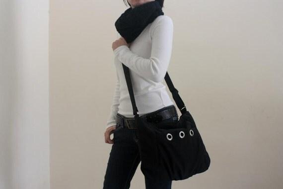 Big SALE 25%// Denise in Black Cross body / Diaper bag / Messenger bag / Shoulder bag / Tote bag / hobo / Women / For her / Gift
