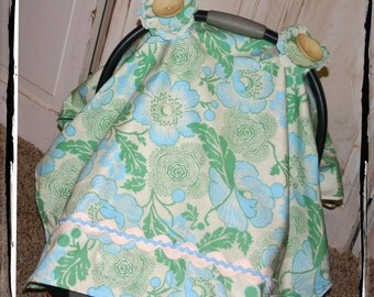 Sale 20% OFF!! Carseat Canopy-Ready 2 Ship-Green Fresh Poppies