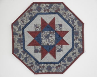 Quilted Star Table Topper (EDTT27)