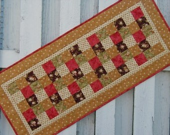 Quilted Table Runner - Five Patch (EDTRI)