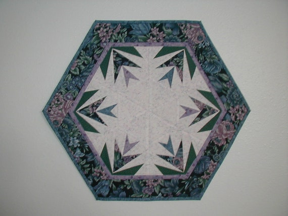 Quilted Star Flower Table Topper (EDTTP)