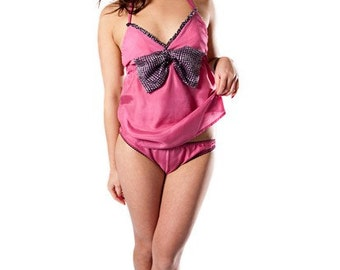 Lipstick on your Collar Camisole and knickers set
