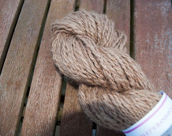 Handspun Art Yarn in Gorgeous Camel Hair 96g/136yds