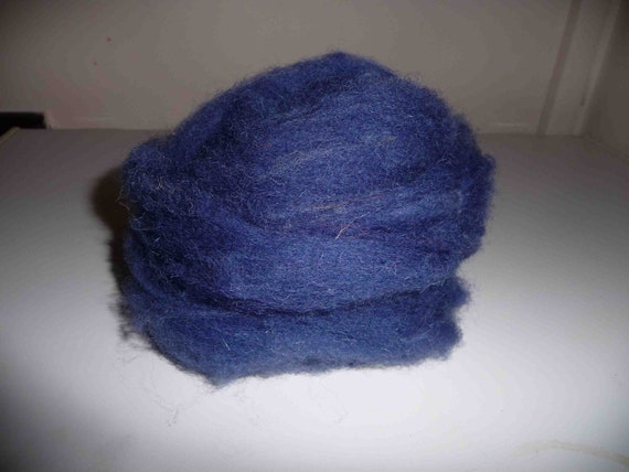 100g Hand-dyed Welsh Ewe Wool Tops in Royal Blue