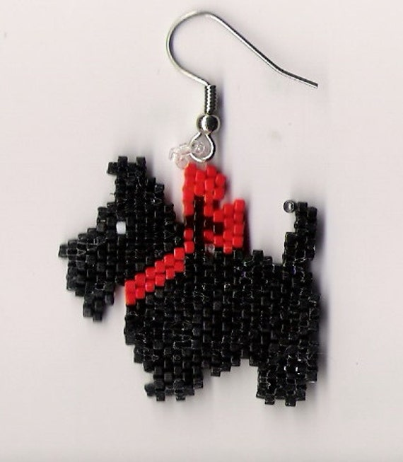 A great pair of hand beaded Scottie Dog dangle earrings