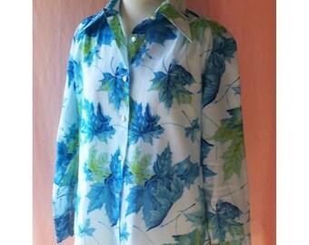 CLEARANCE SALE Blue Green Vintage 70's Leaf Print Crepe Button Down Shirt Blouse Fall Motif M L